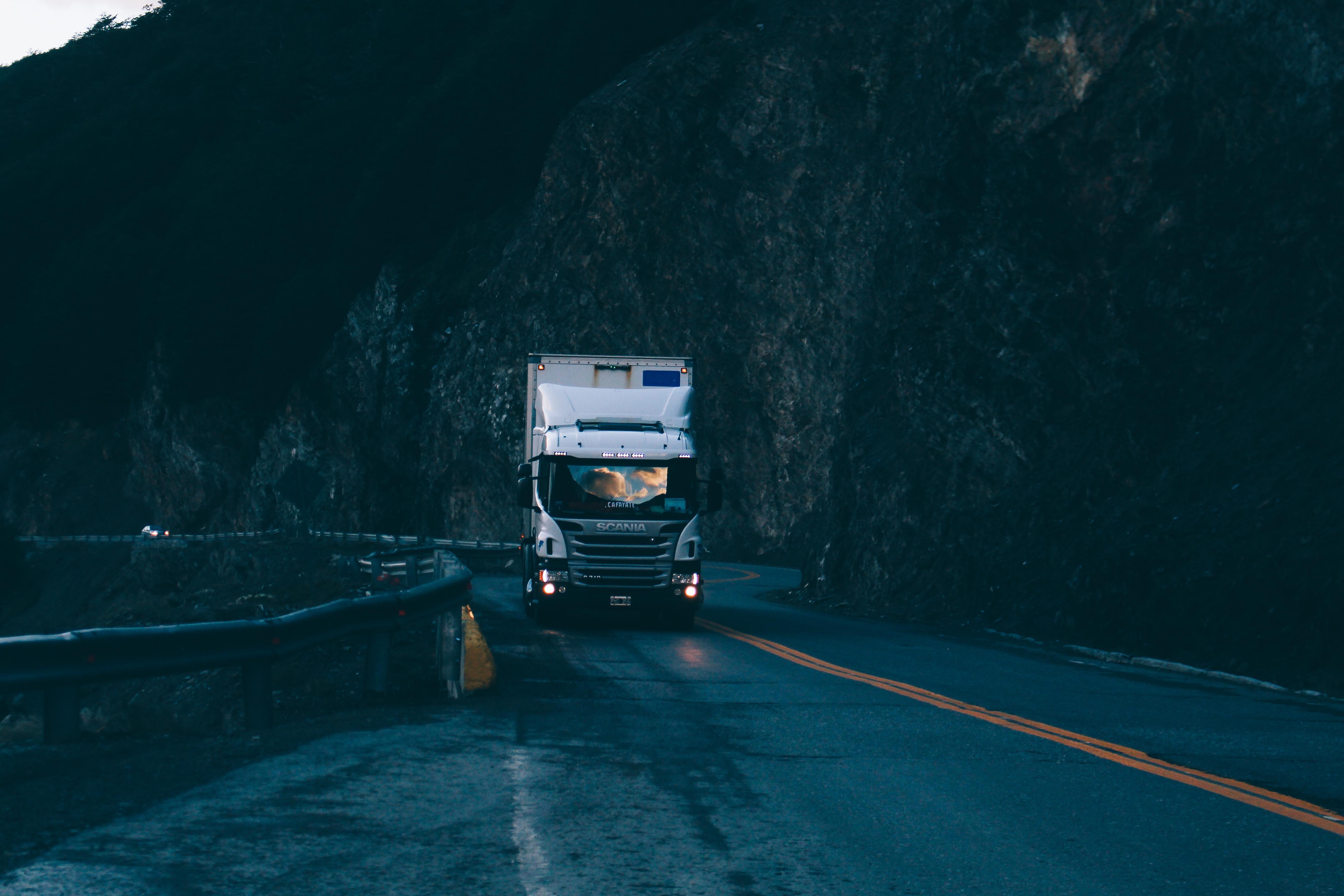 Droga do pracy zawodowego kierowcy
